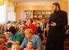 отец Андрей обращается к воспитателям и детям